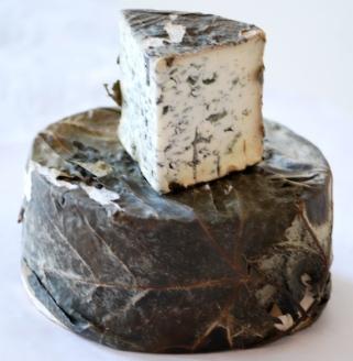 Valdeón Due Leche Blue cheese