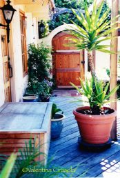 Palo Alto, CA courtyard