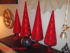 Murano glass and velvet Christmas trees