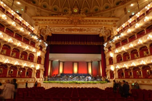 Inside Teatro Petruzzelli, Bari, Italy - Wikipedia Photo