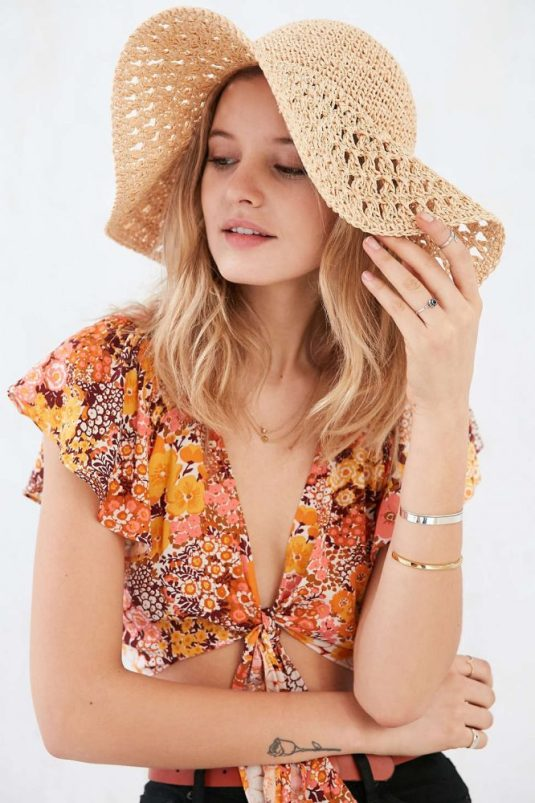 Urban Outfitter Floppy Hat