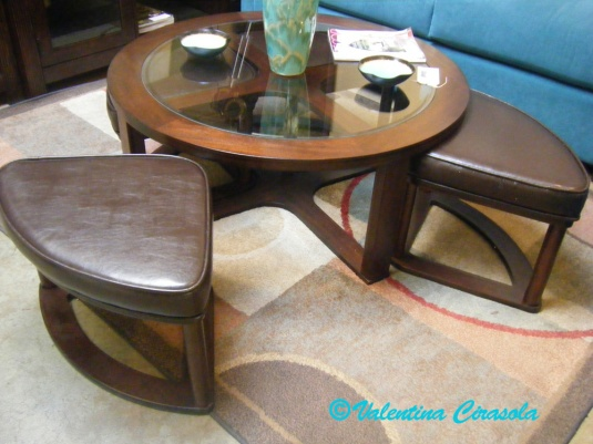 coffee-table-with-stool-chairs