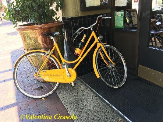 Bike-Veuve Clicot.jpg